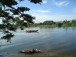 Perfume River (Huong River)